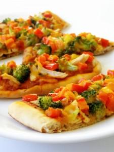 butter chicken naan pizza