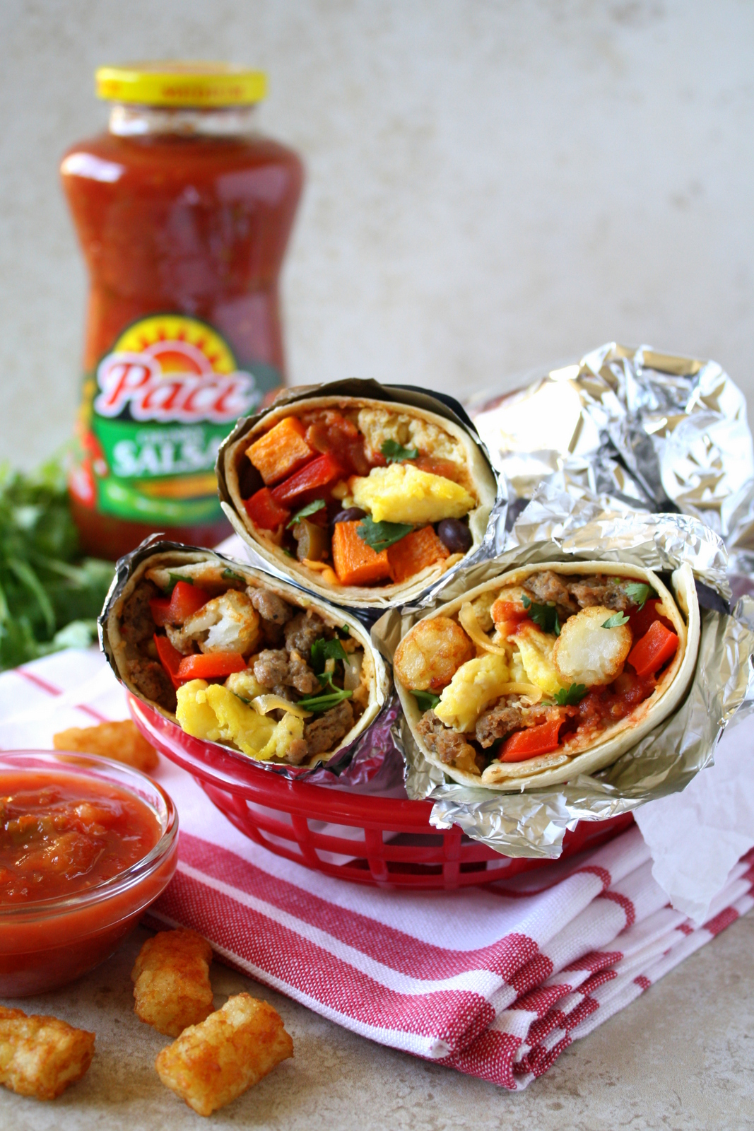 freezer friendly breakfast burritos #MakeGameTimeSaucy #shop