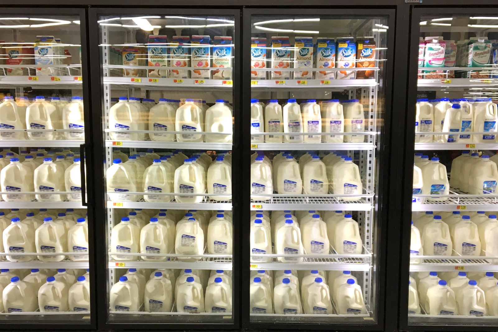 Silk Almondmilk at Walmart #SameSilkySmoothTaste #shop