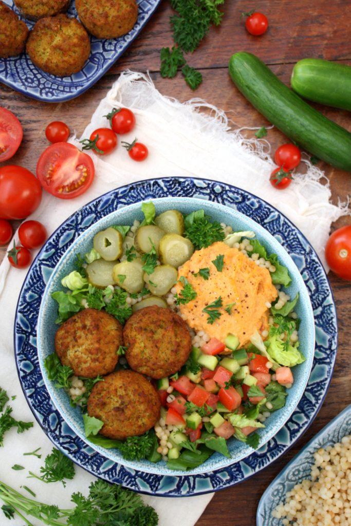 falafel hummus bowls